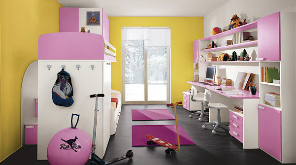 Children S Bedrooms With Bright Cheerful Colours