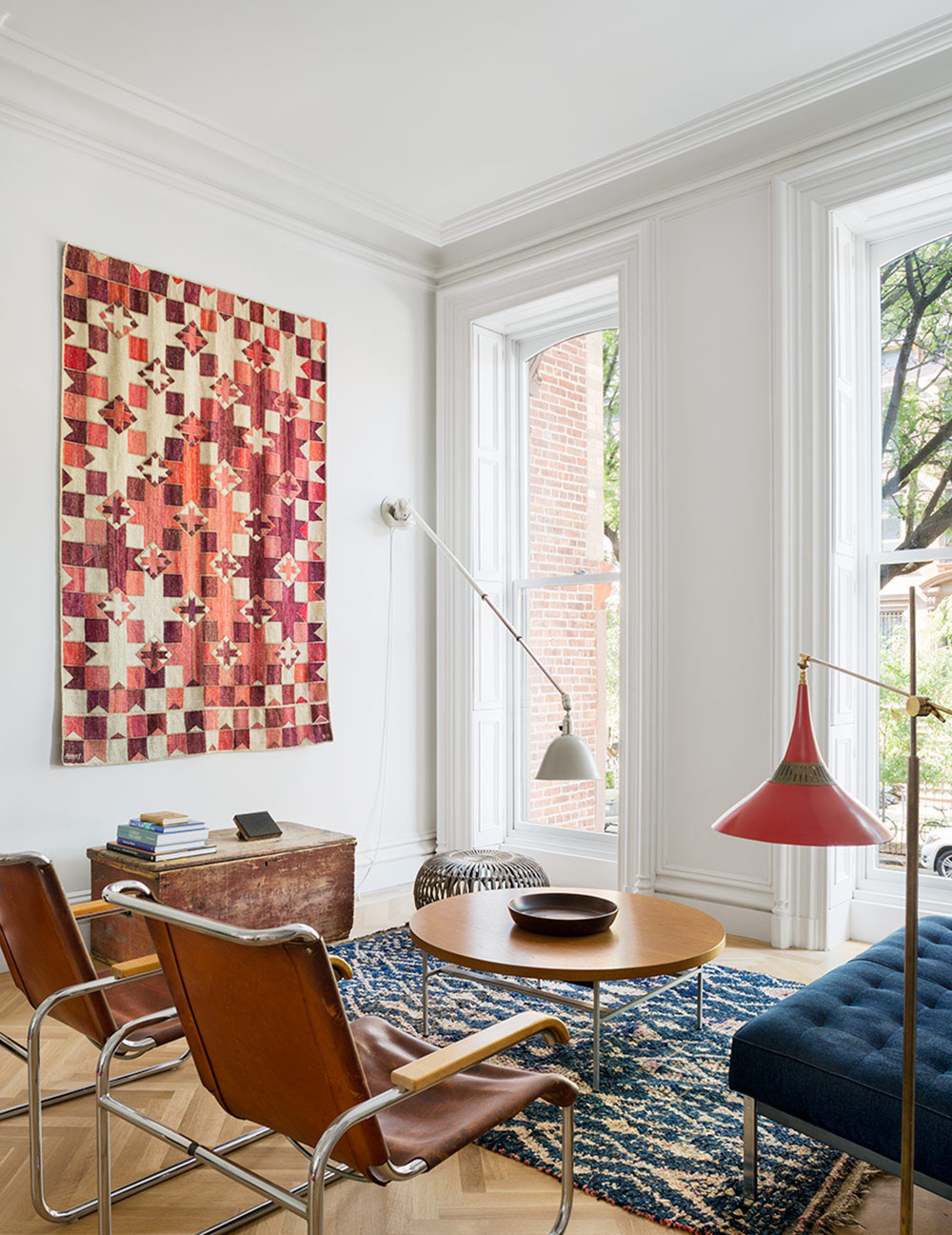 Restored Brooklyn Brownstone House With Fresh Contemporary Interior