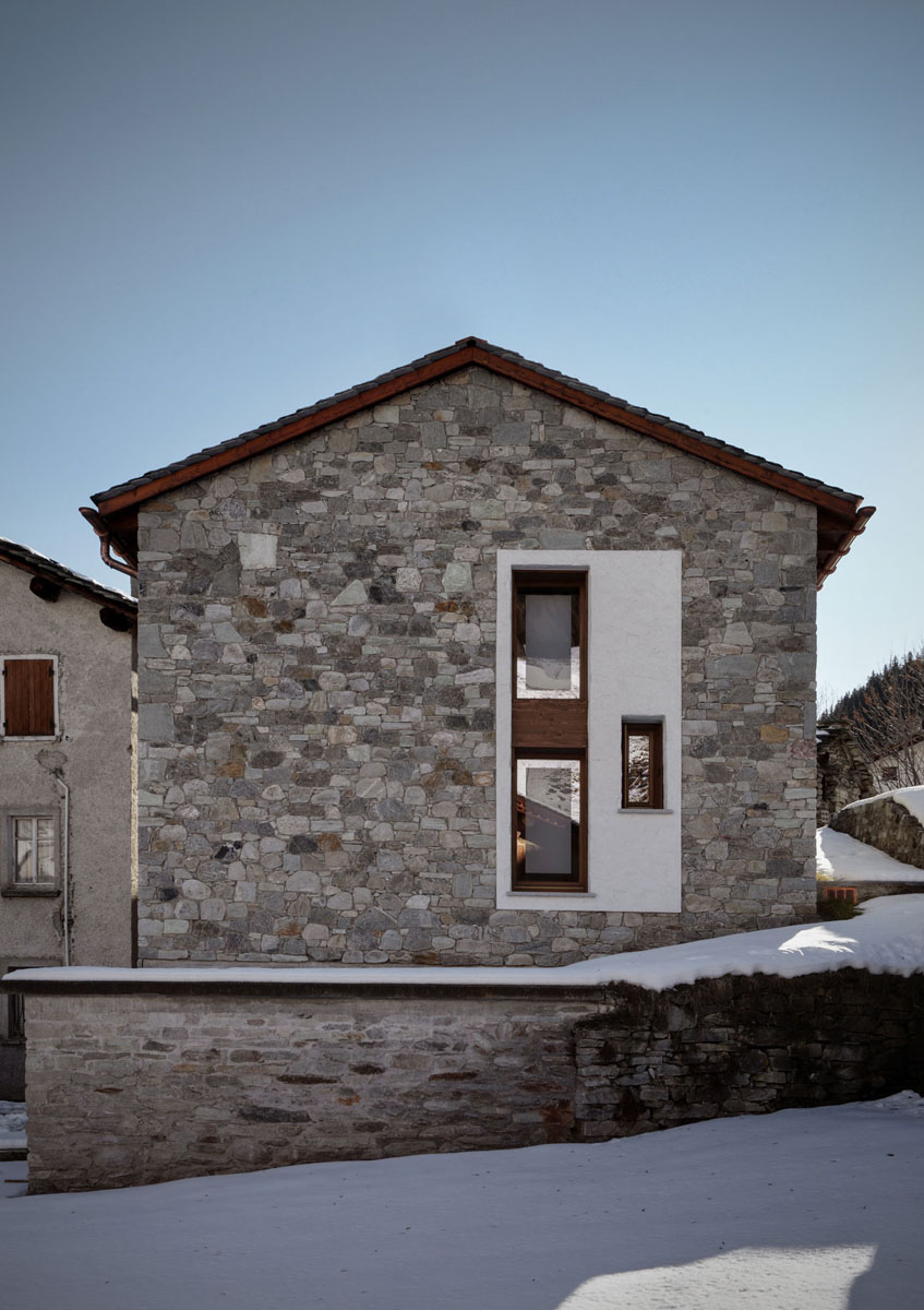 Contemporary country house in italy idesignarch for Modern country house