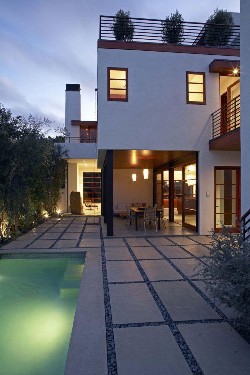 contemporary house in venice beach