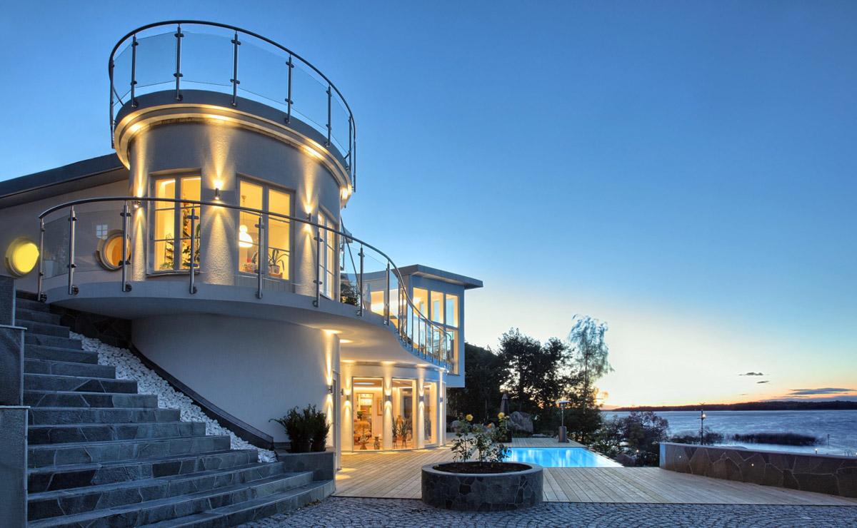 Unique Contemporary Waterfront Villa