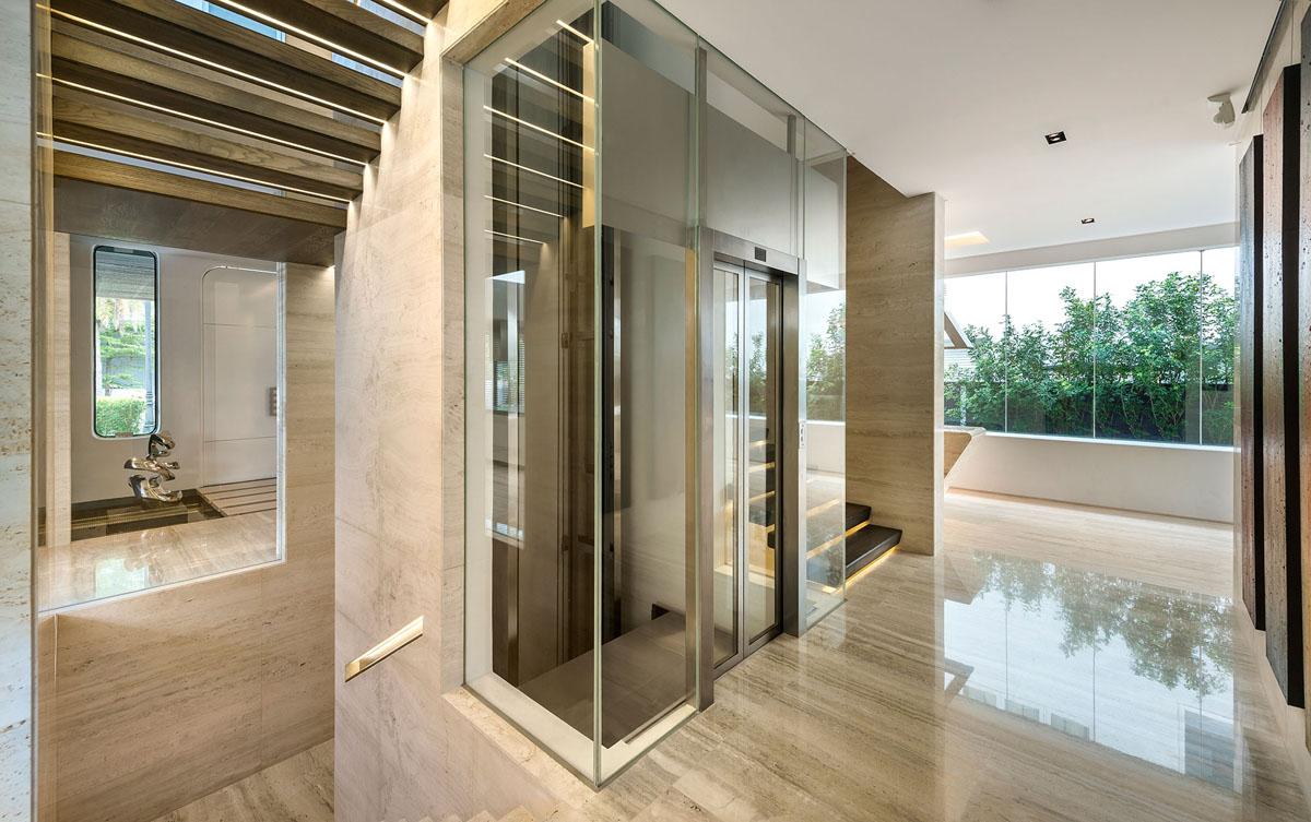 Contemporary Villa Mistral Singapore 12