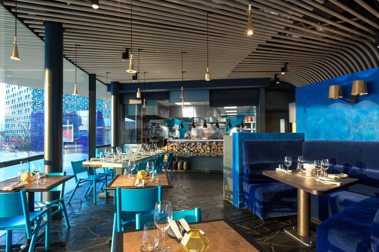 Contemporary Restaurant Interior Design