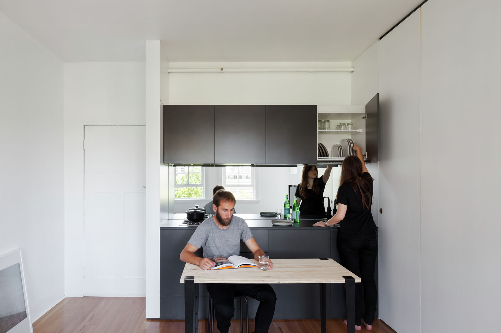 Minimalist Inner City Micro Apartment With Smart Functional Design ...