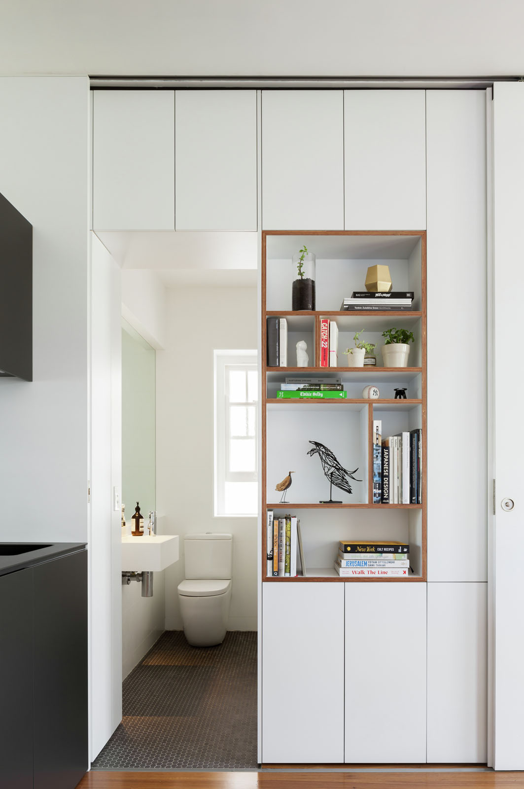 Minimalist inner city micro apartment with smart for Minimalist apartment design