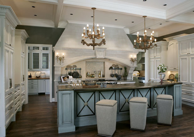 Timeless traditional kitchen designs idesignarch for Pics of traditional kitchens