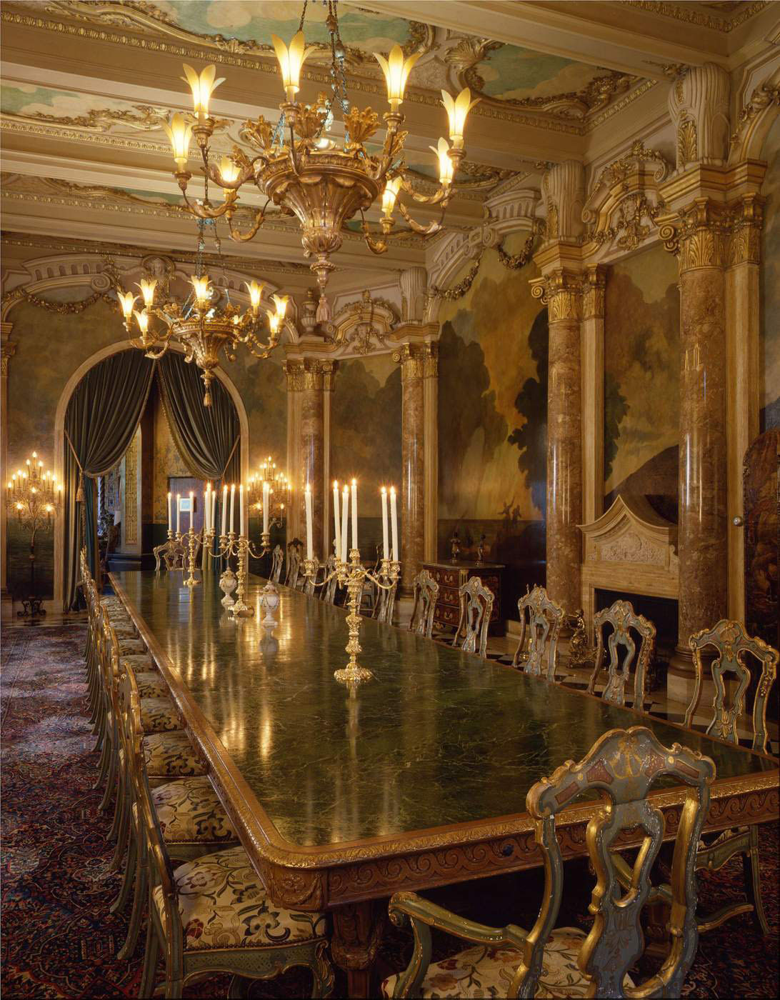 Mar A Lago Dining Room