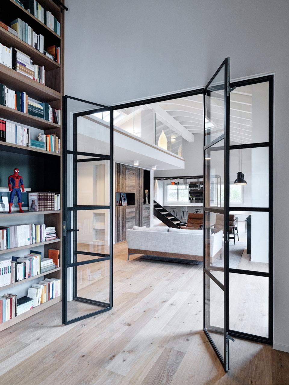 Double Height Loft Mezzanine Glass Staircase 11