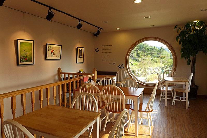 Dreamy Camera Cafe Interior