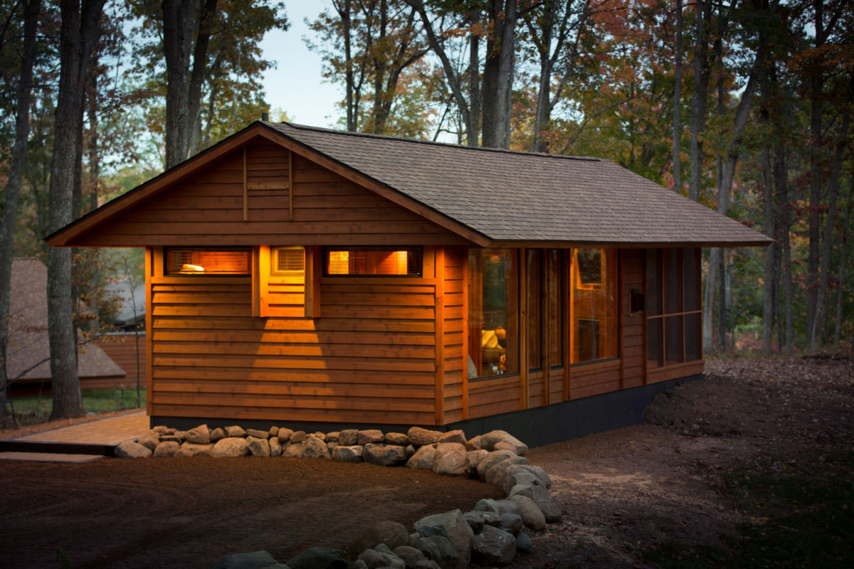 Charming tiny cabin vacation home idesignarch interior for Tiny vacation homes