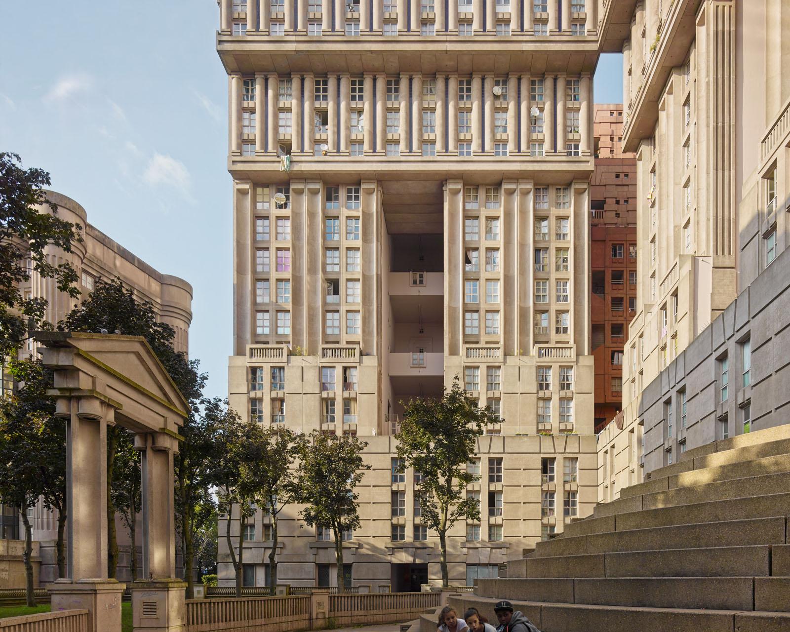 Espaces abraxas noisy le grand 11 idesignarch interior for Architecture noisy le grand