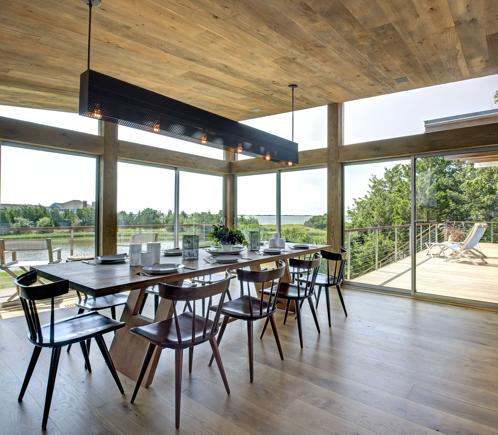 Long Island Waterfront Home. Dining Room With Water View