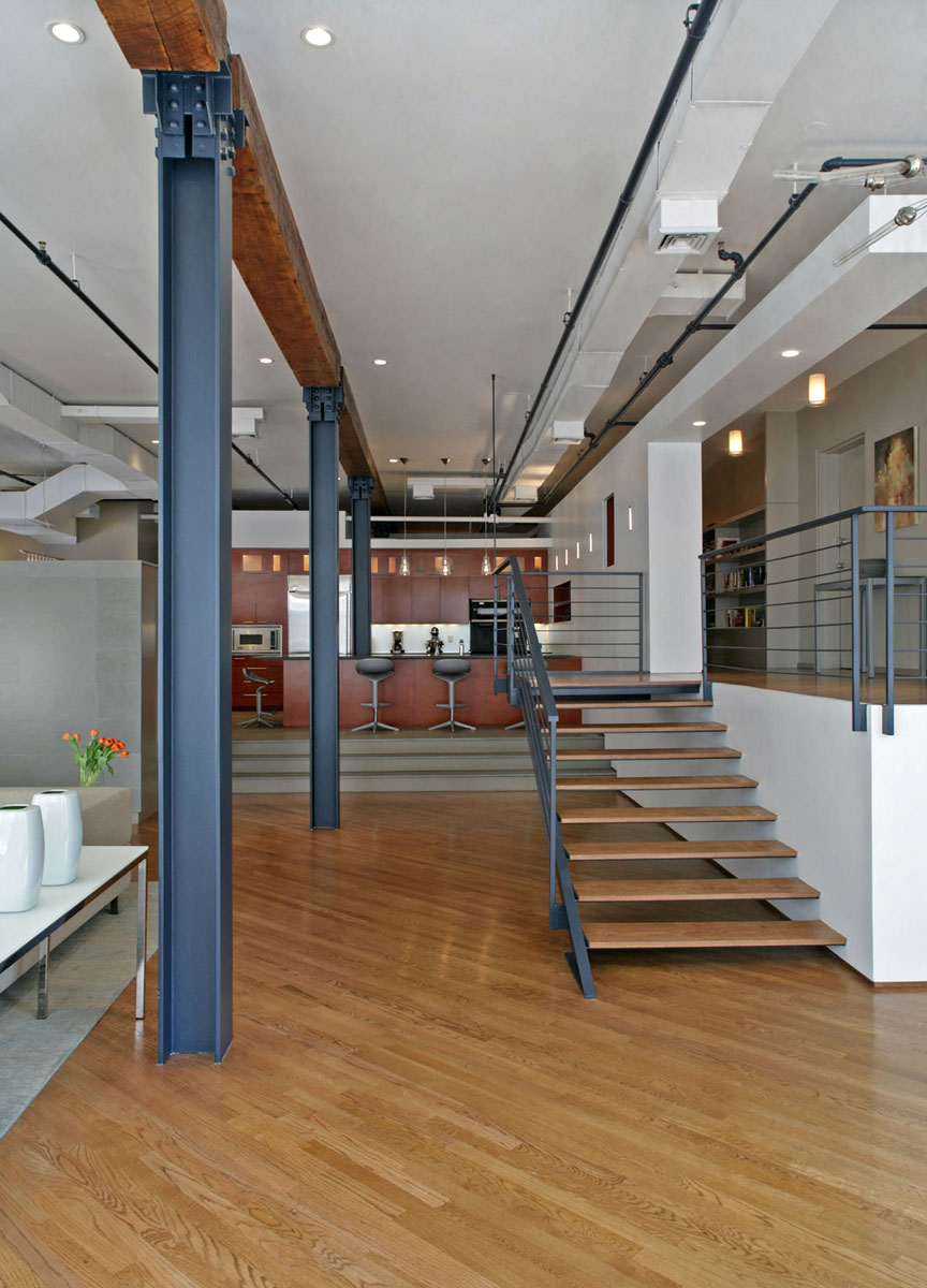Flatiron district open plan loft in manhattan - Support pillars for houses ...
