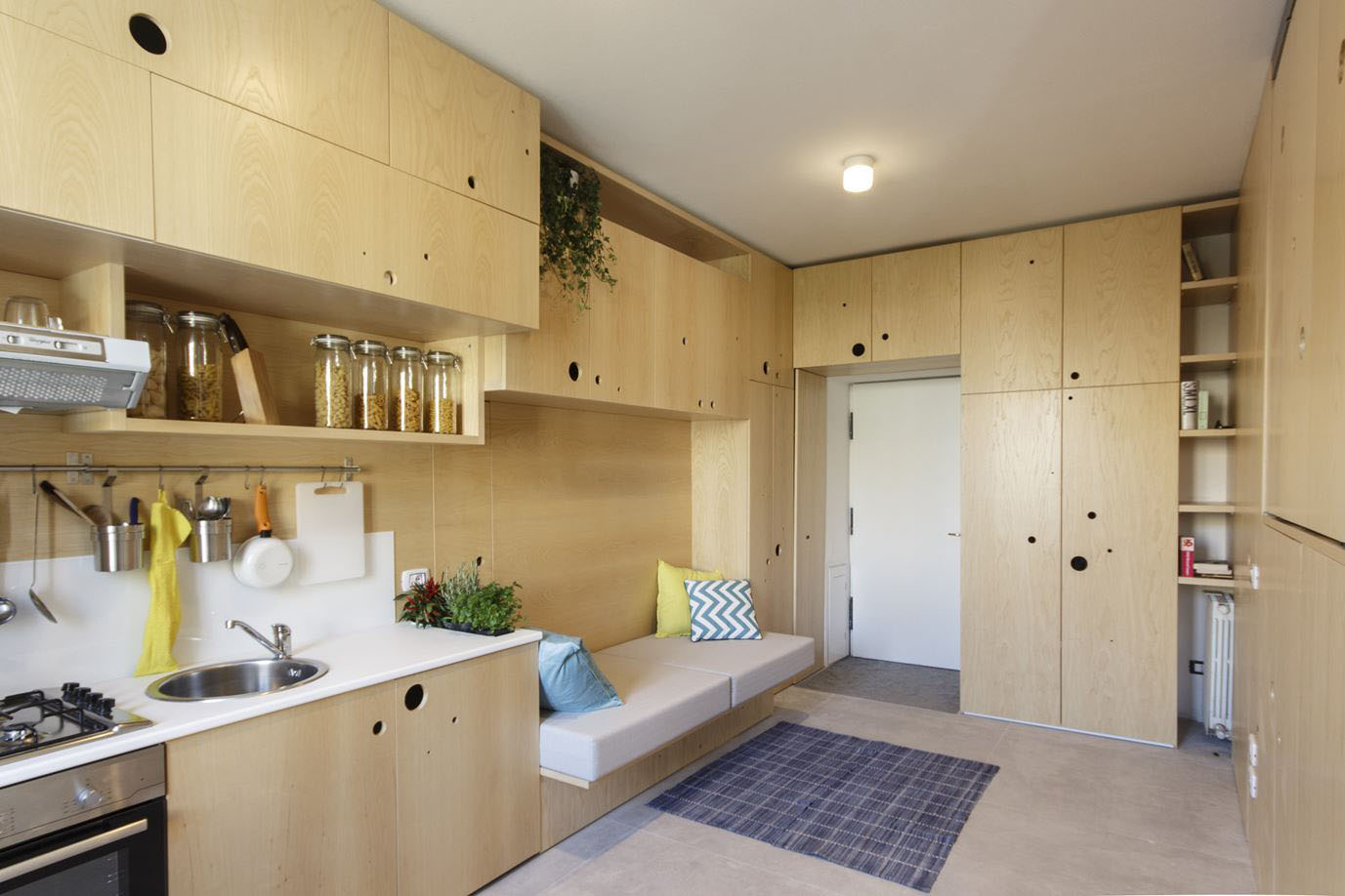 Small studio apartment with a clever movable partition for Studio partition