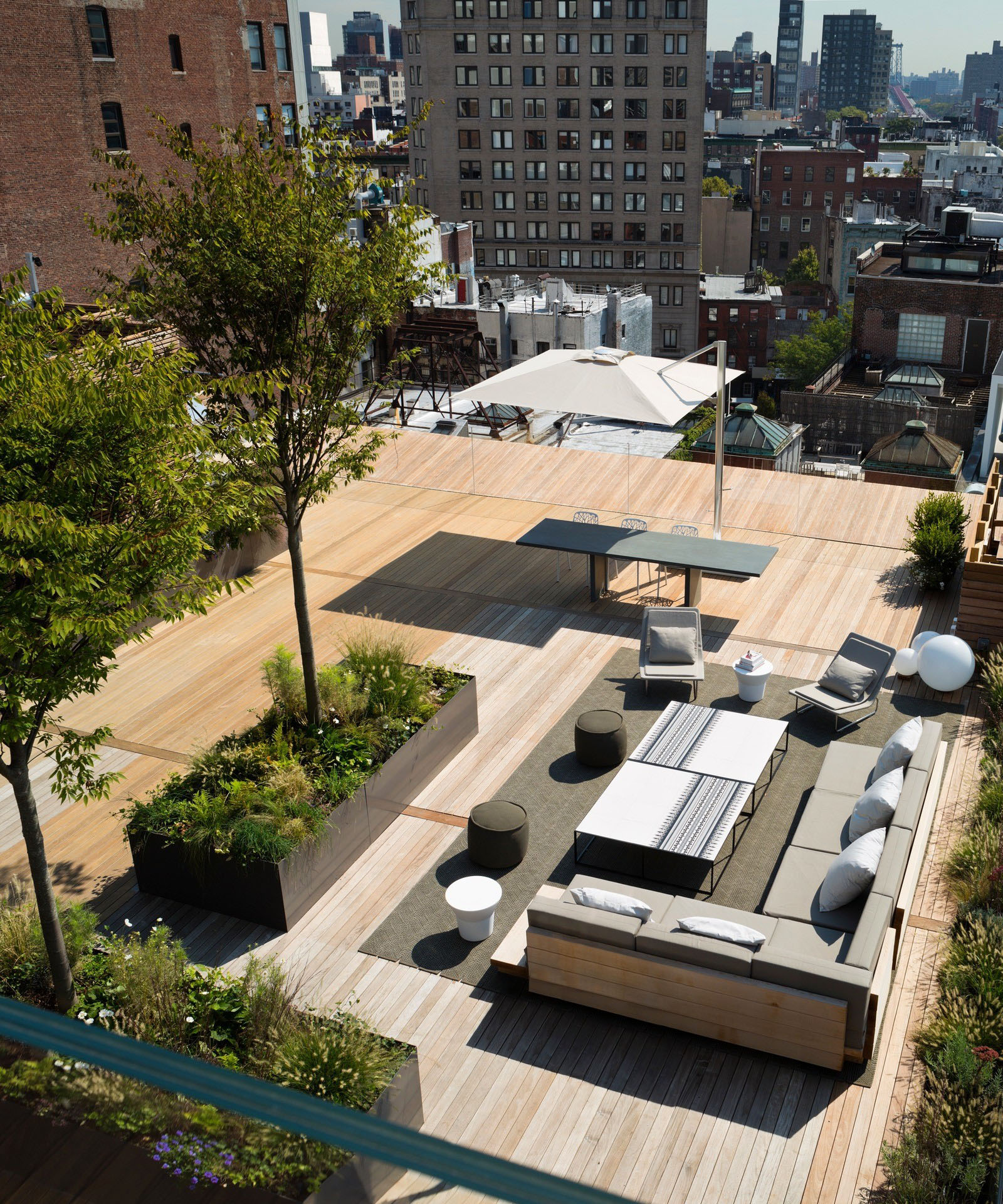 Modern Manhattan Roof Terrace