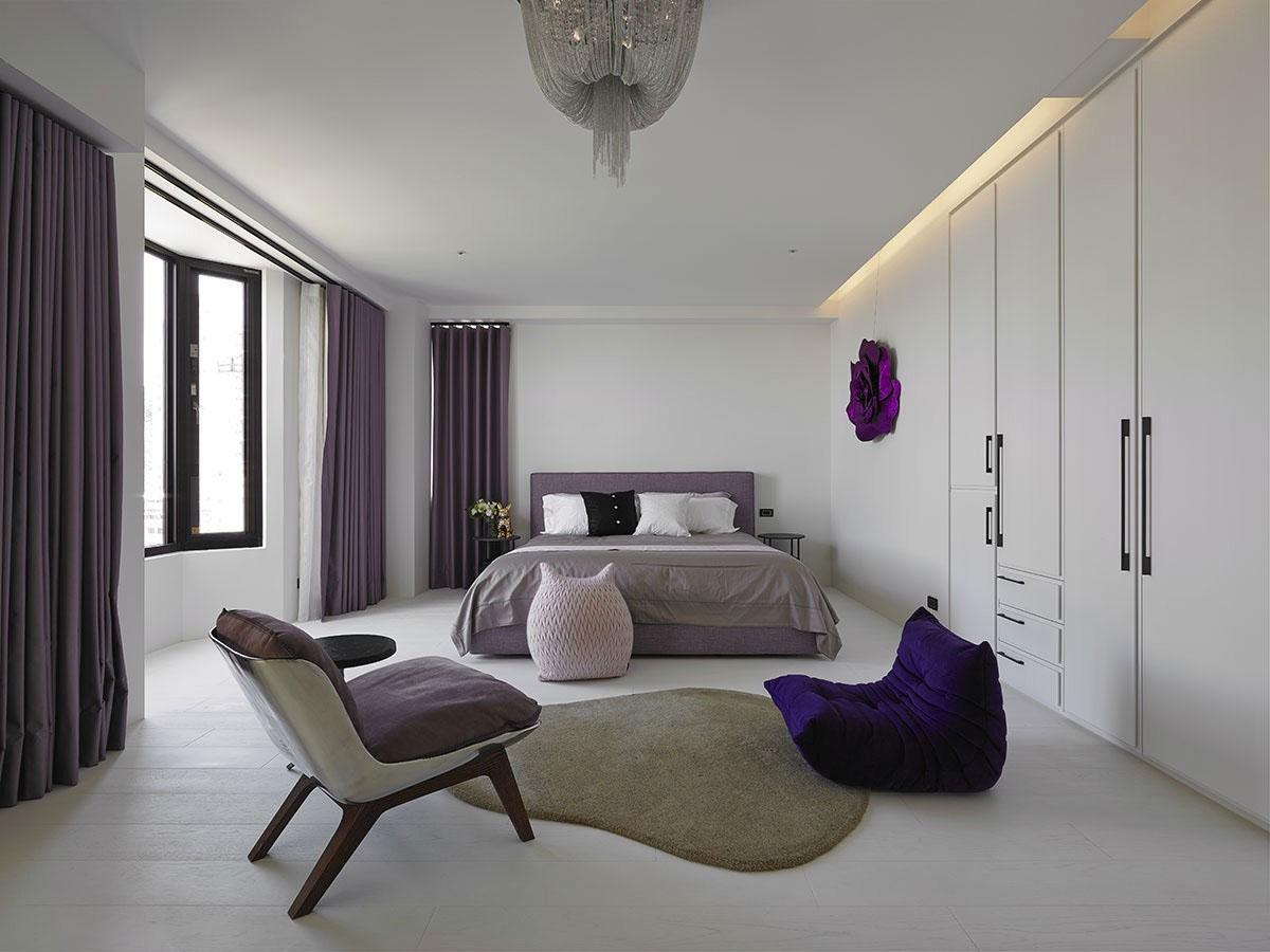 Stylish Minimalist Bedroom