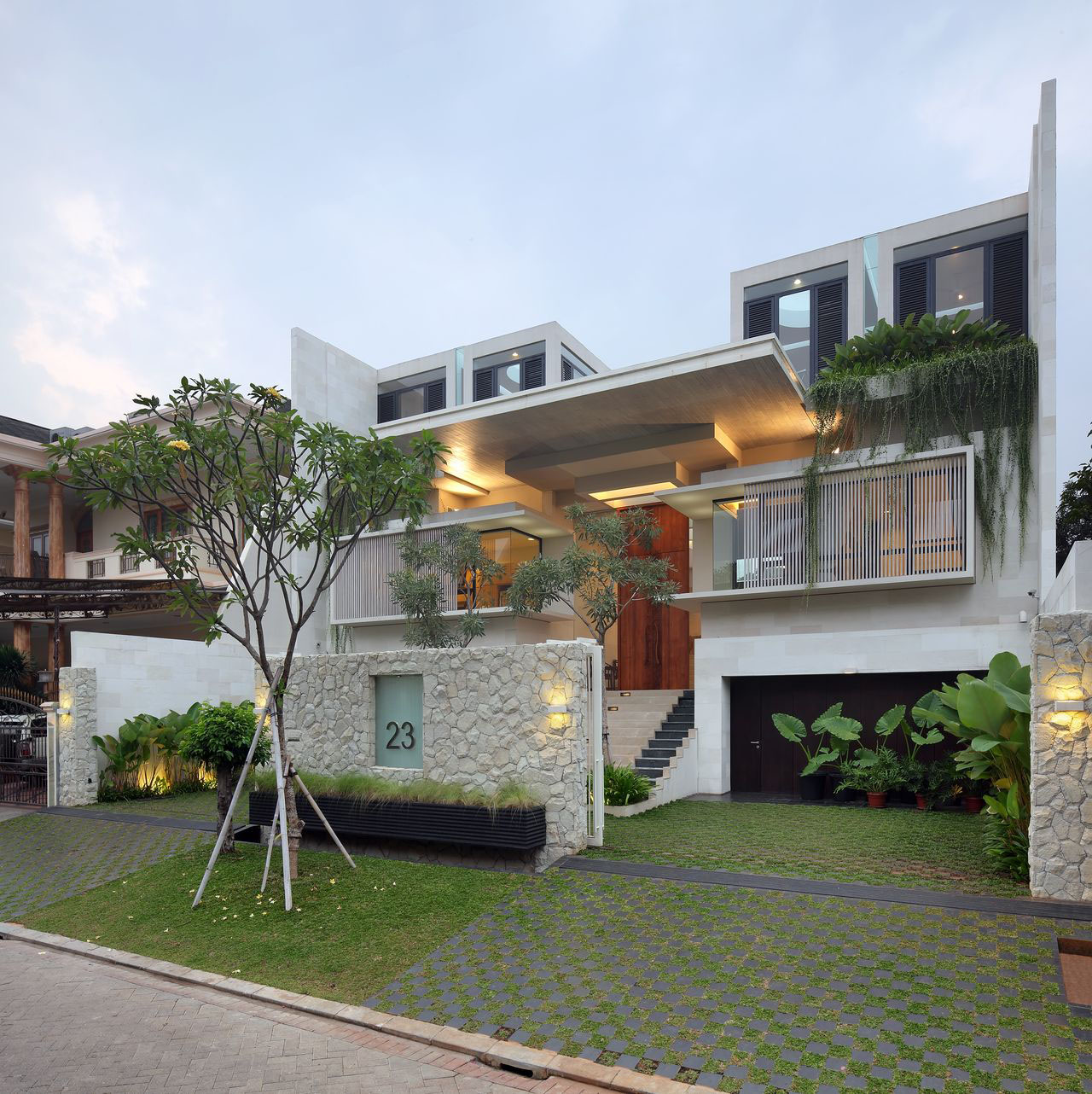 Luxury Garden House In Jakarta | iDesignArch | Interior Design ...