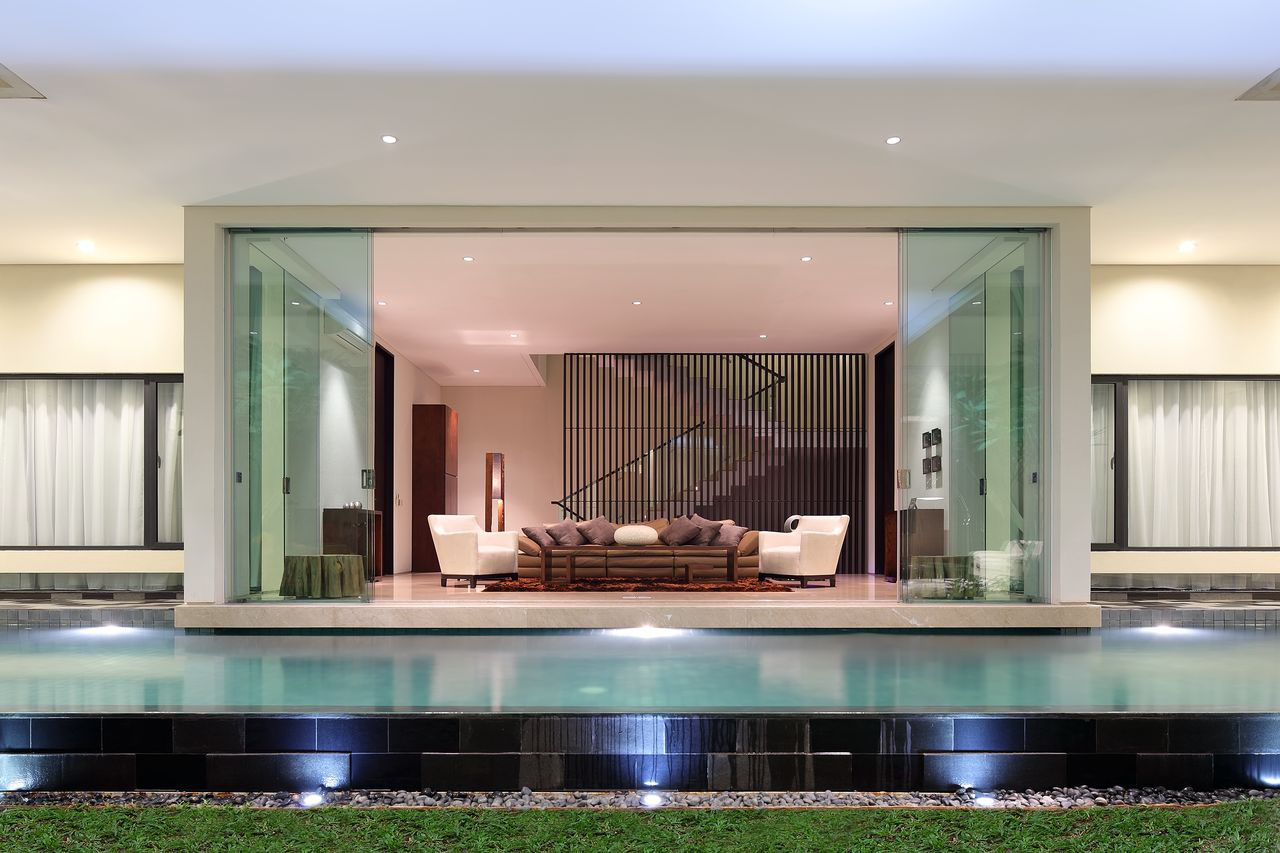 Luxury garden house in jakarta idesignarch interior for House interior design jakarta