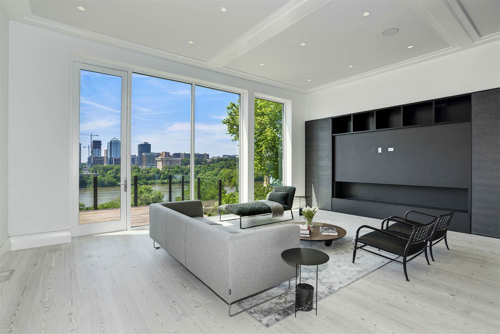Federal Style Georgetown Rowhouse With Views Of The