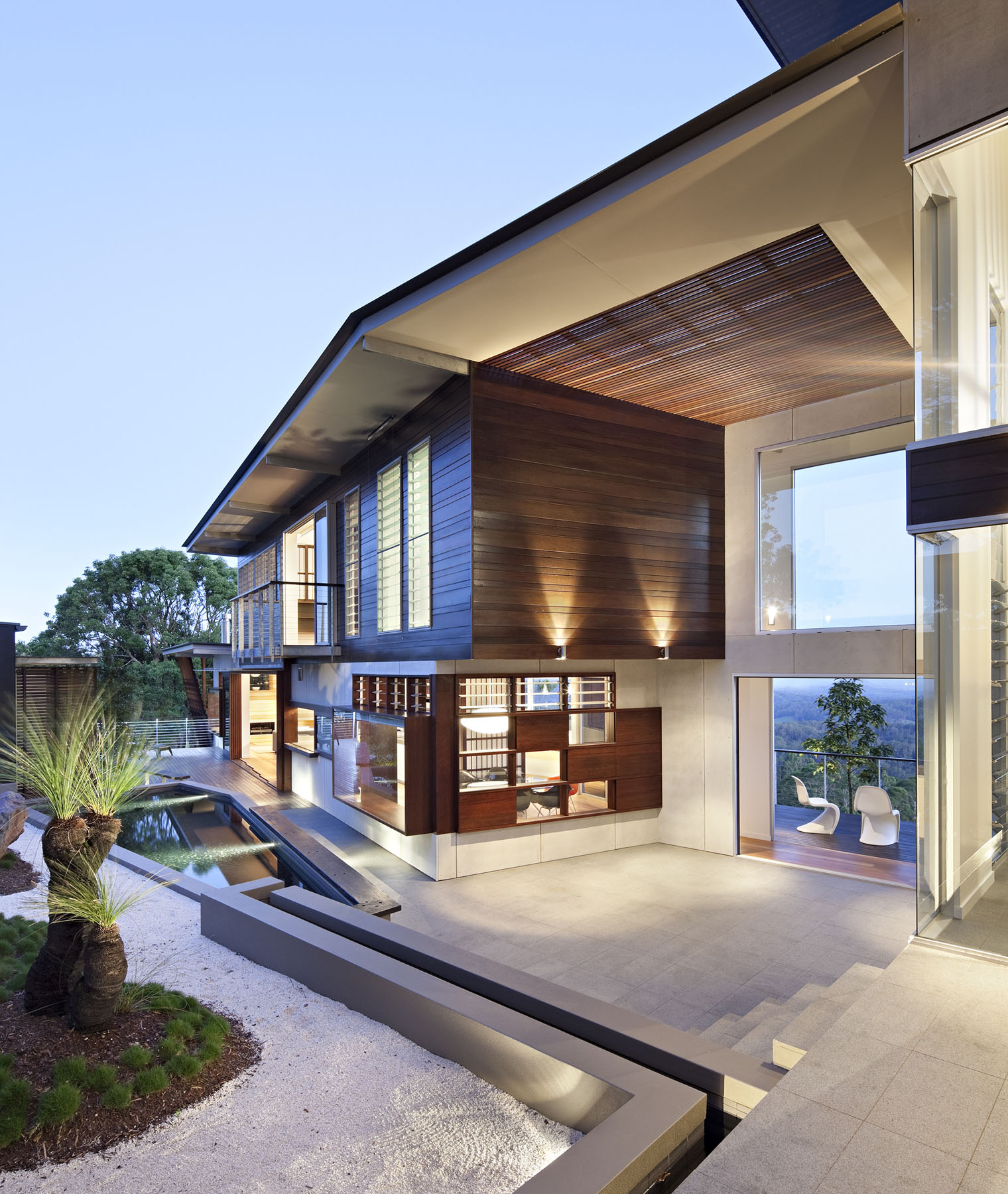 Luxury Modern Residence With Breathtaking Views Of Glass House Mountains.  Modern Luxury Home Architecture