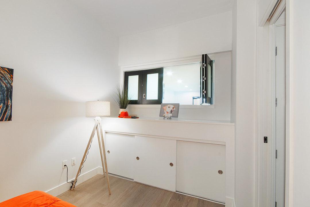 3 Bedroom Waterfront Loft Apartment
