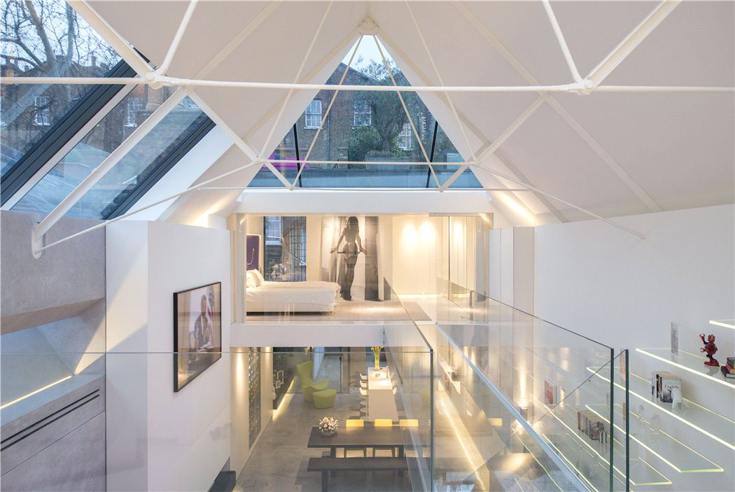 Modern artist 39 s studio terrace house in chelsea for Modern architecture house london