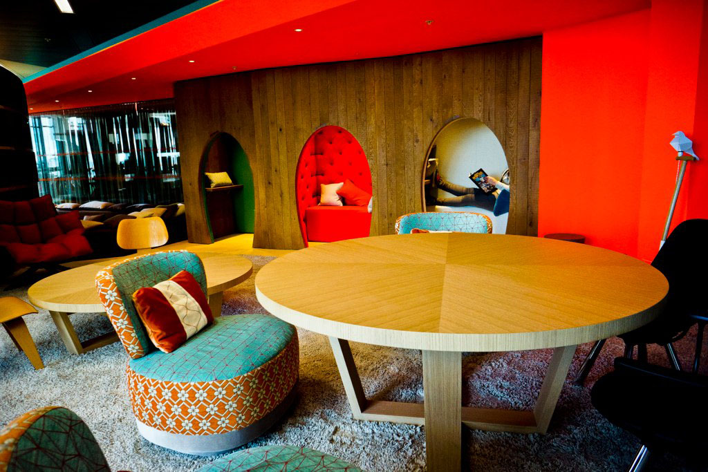 Inside the quirky google london office idesignarch for 70s office design