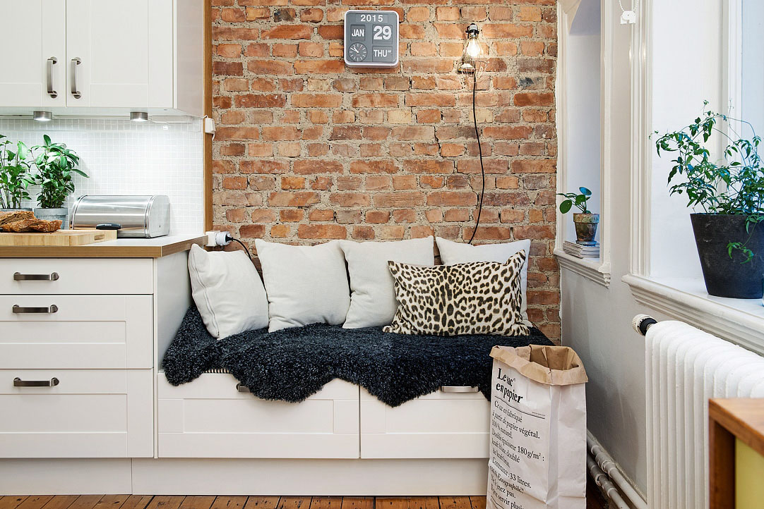 Brick Wall Cozy Bench With Storage. Modern Apartment White Kitchen