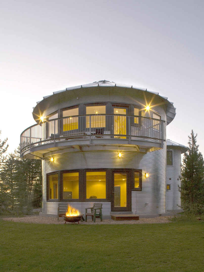 Build an inexpensive home using grain silos idesignarch for Inexpensive homes to build home plans