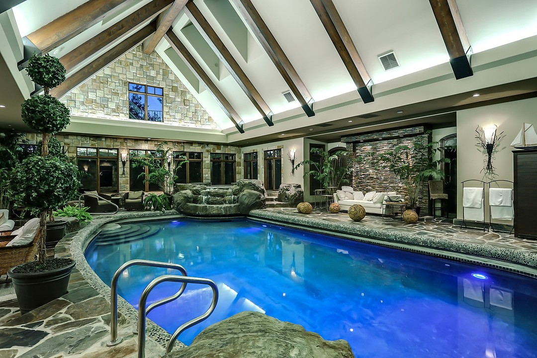 Luxury Country Estate Indoor Swimming Pool