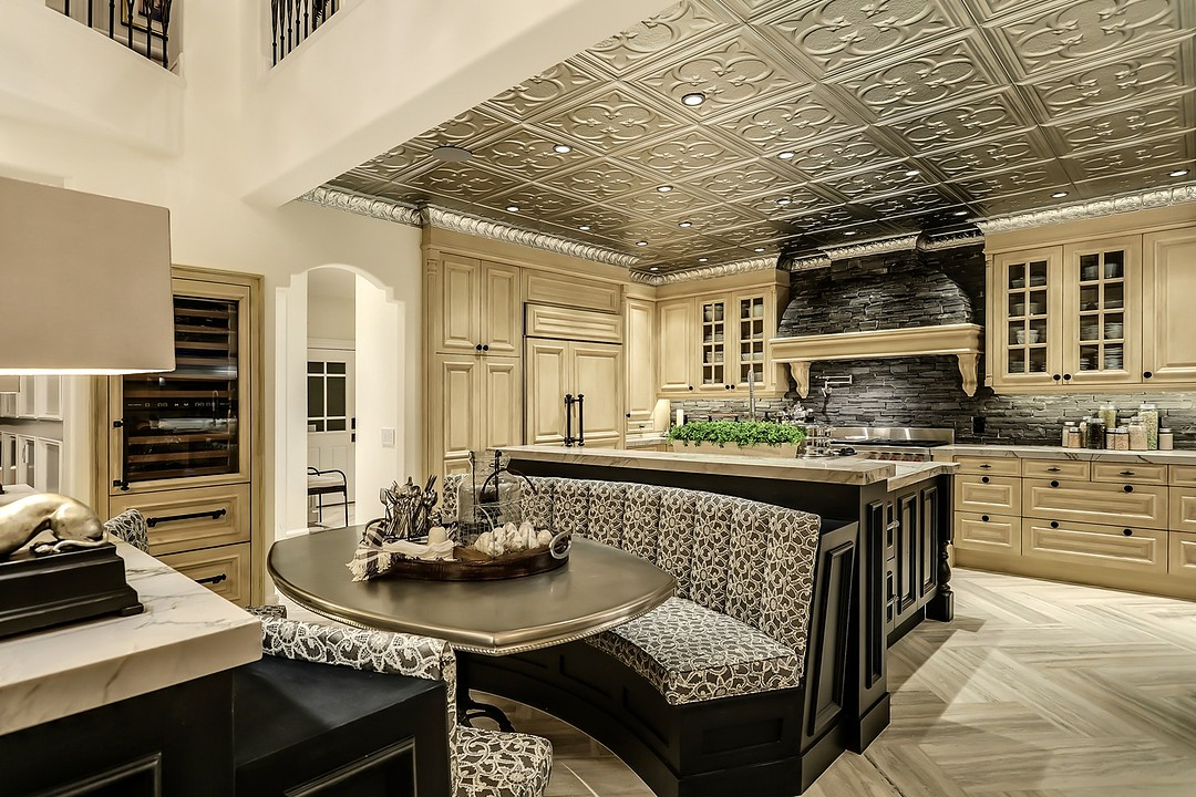 Luxury Kitchen with Eating Area Bench Seating