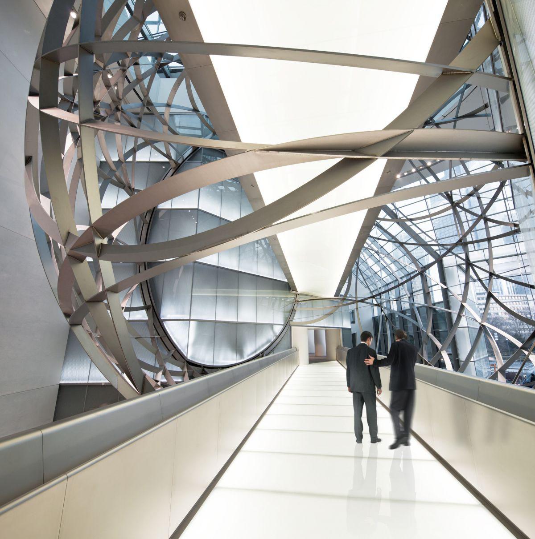 Deutsche bank steel sphere in frankfurt idesignarch for Interior design frankfurt