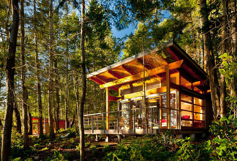 environmentally-friendly wood cabins