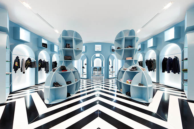 Hitgallery hong kong a cool minimalist retail experience for Interior design hong kong
