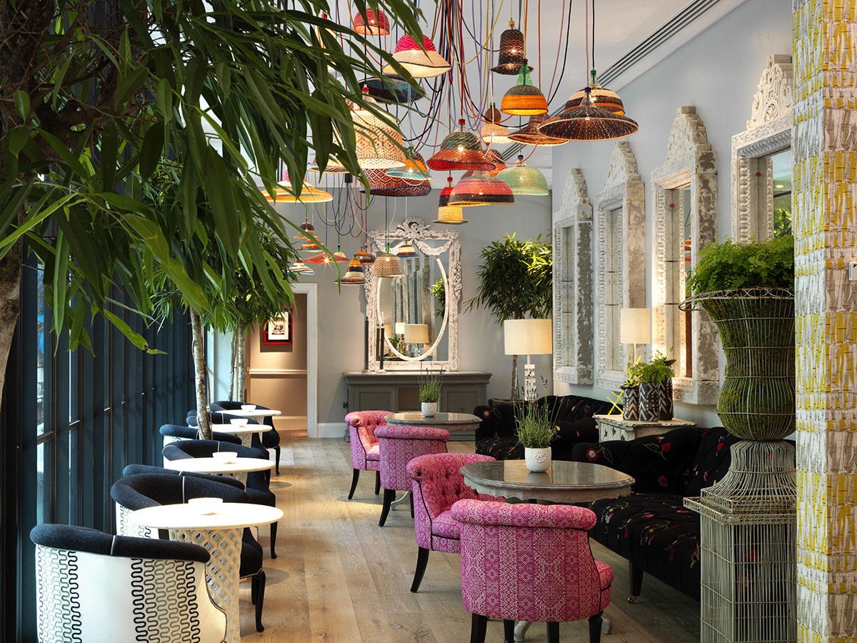 Ham yard bar restaurant interior design by kit kemp for Eclectic hotels