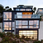 Sea View Home Built On A Slope In Wellington