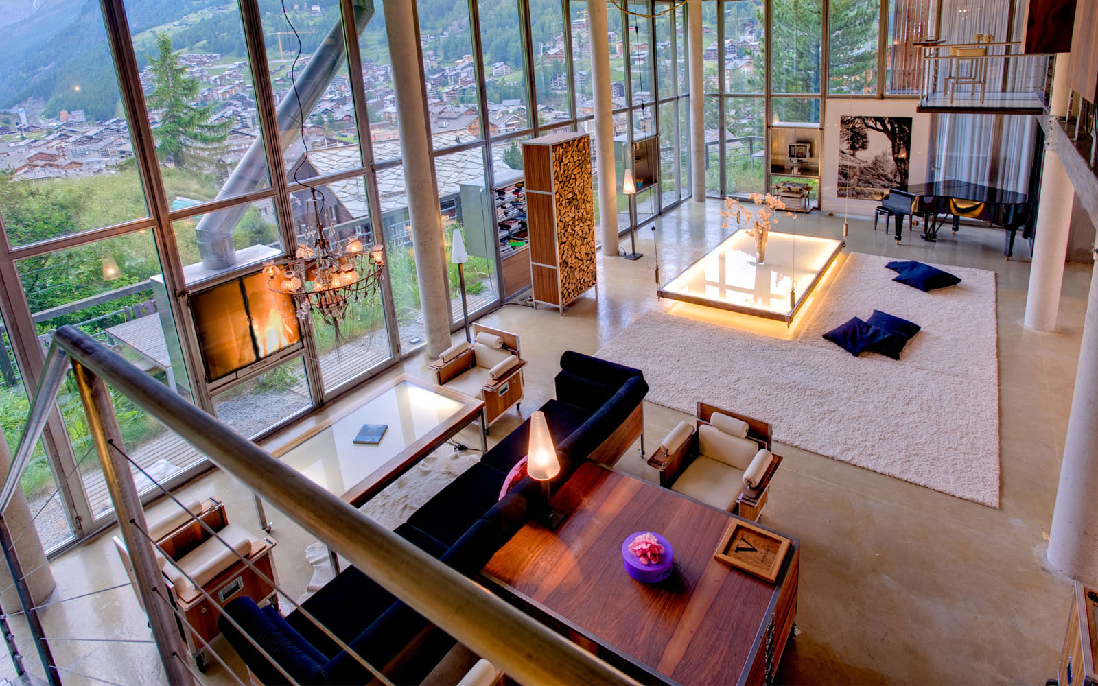 High Ceiling Glass Loft Apartment