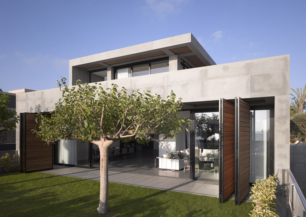 Home On The Coast In Hezelia In Central Israel This Modern Home