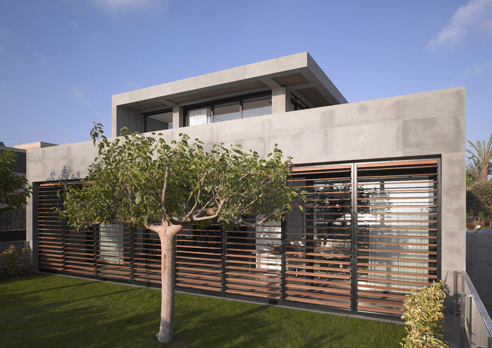 Wondrous Minimalist Oceanview Home In Israel Idesignarch Interior Largest Home Design Picture Inspirations Pitcheantrous