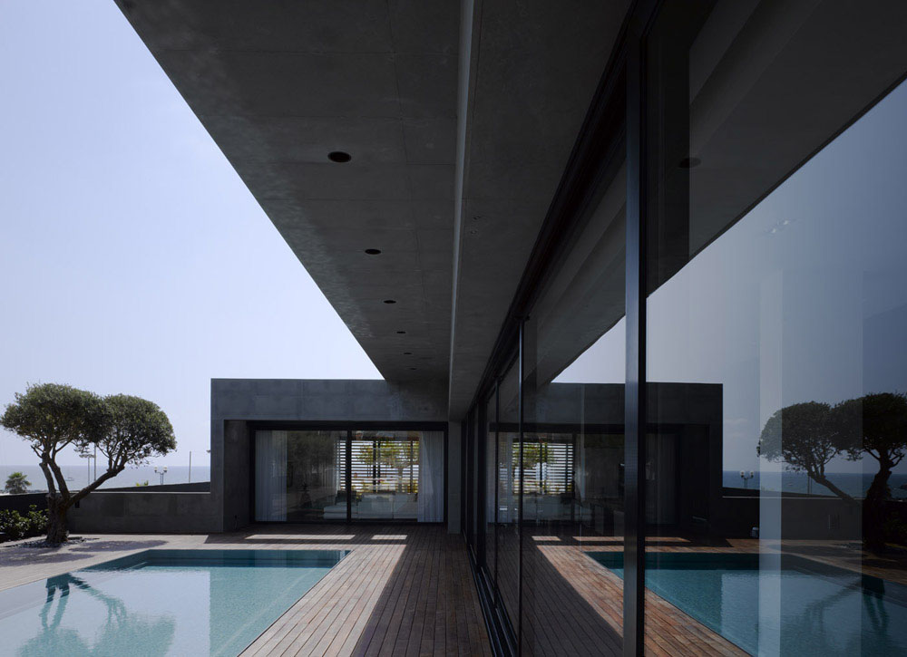 Swell Minimalist Oceanview Home In Israel Idesignarch Interior Largest Home Design Picture Inspirations Pitcheantrous