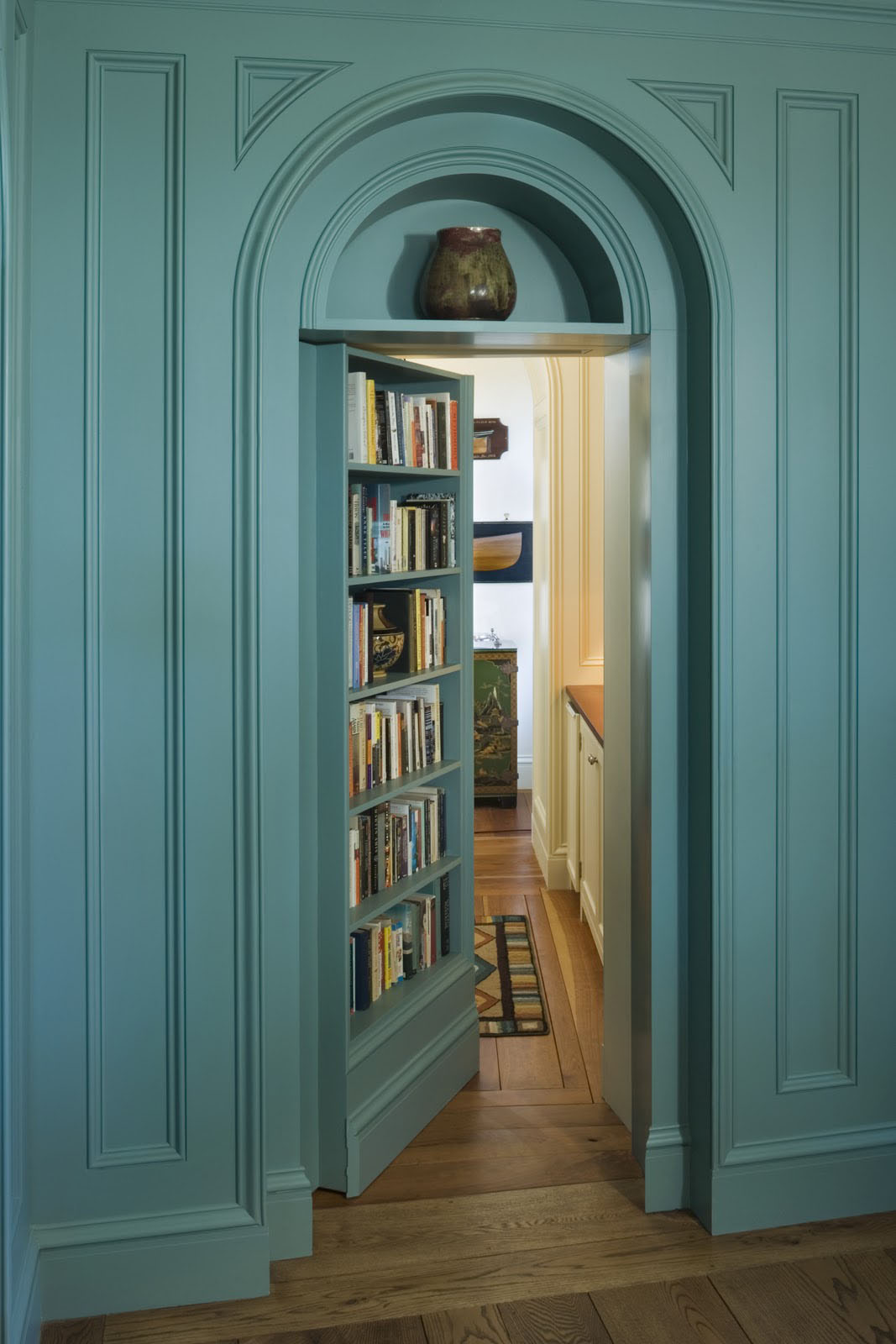 secret bookshelf door design