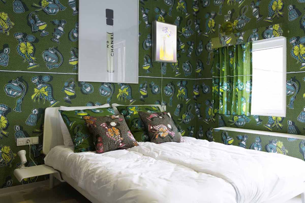 perfume theme room - Fashion Designer Bedroom Theme