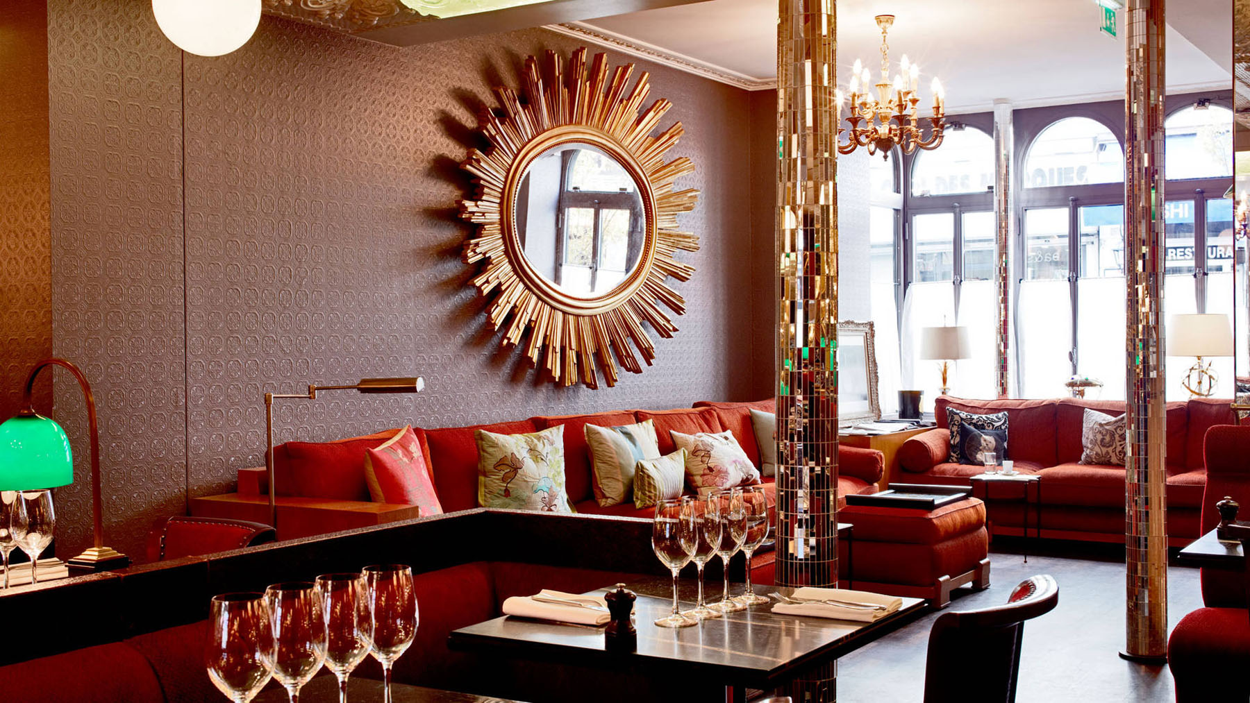 French art deco interior design by india mahdavi at hotel for Design hotel paris 11