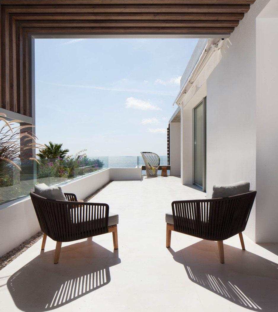 Mediterranean Style Houses With Ocean Views: Modern Mediterranean Villa In Ibiza With Panoramic Ocean