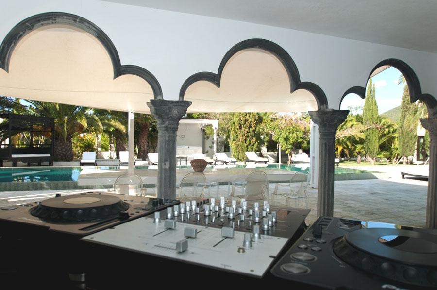 Mediterranean Villa Outdoor Entertainment Patio