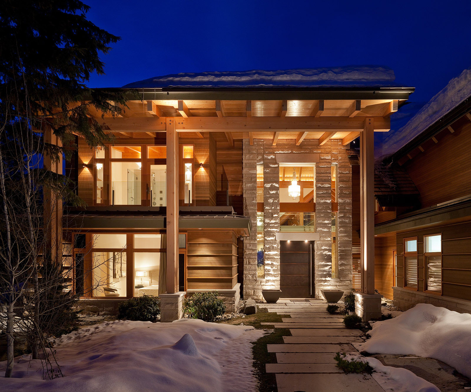 Luxury timber frame mountain retreat in whistler for Luxury timber frame home plans