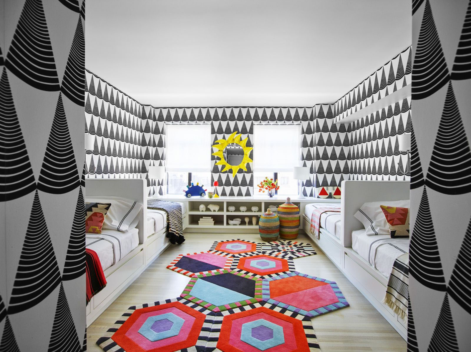 Children's Room Decor with Bold Colors