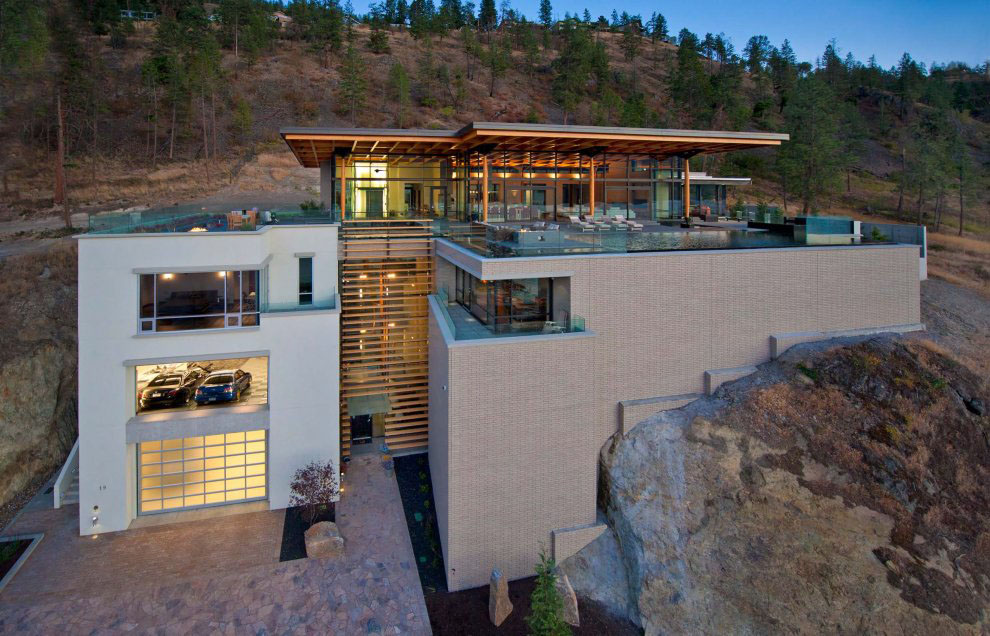 Kelowna contemporary house on okanagan lake idesignarch for Fortress homes
