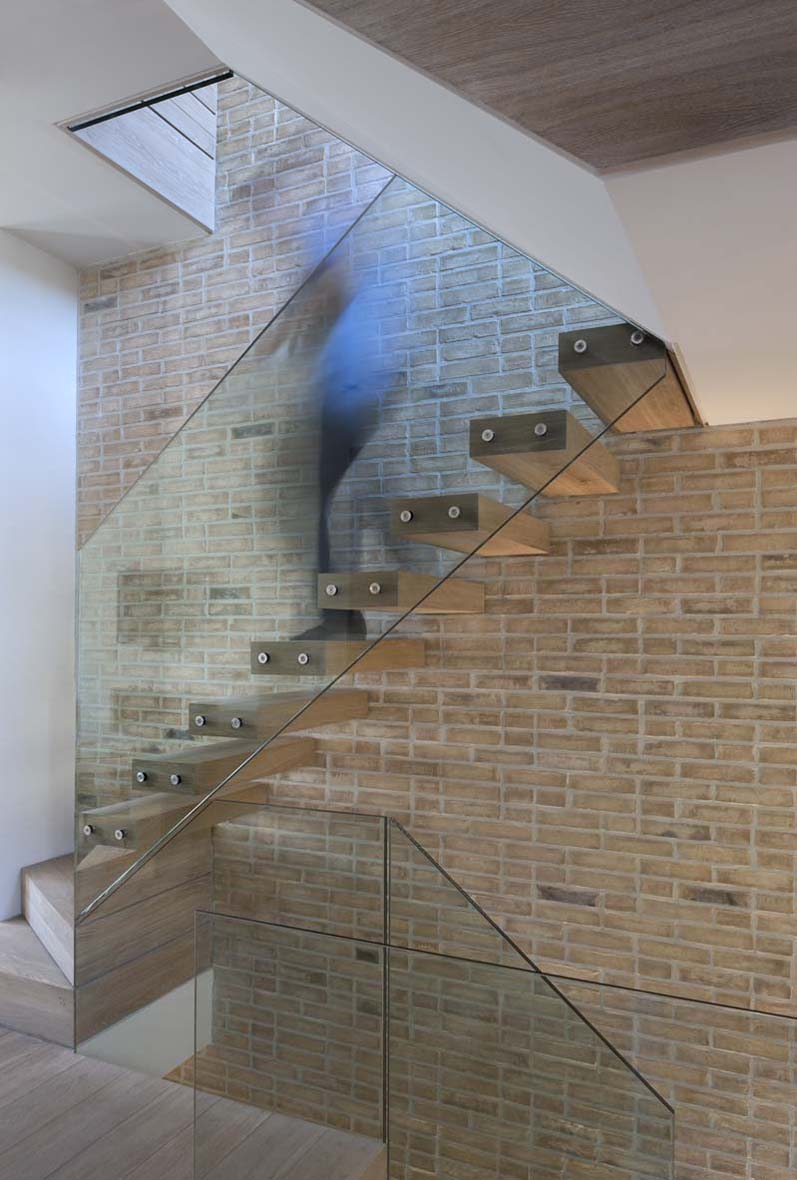 Elegant Glass Staircase