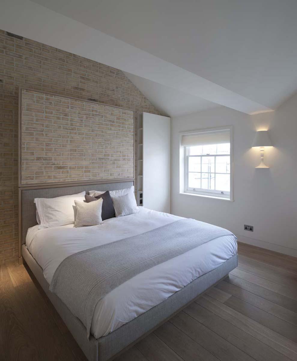 Triplex Apartment in Kensington